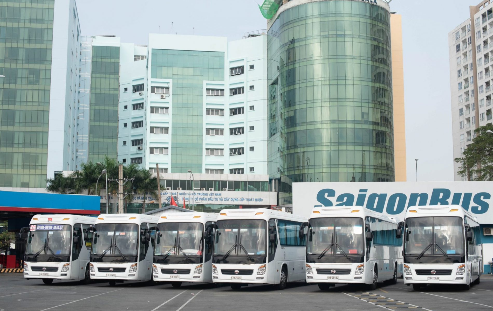 Saigon-bus (1)